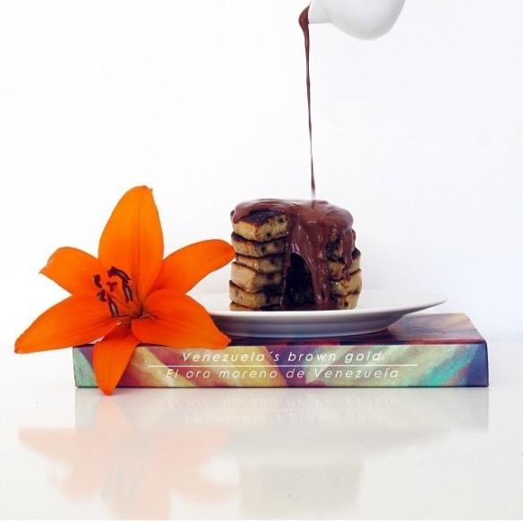 chocolate chip pancake- panqueca de chocolate- lovely gourmet