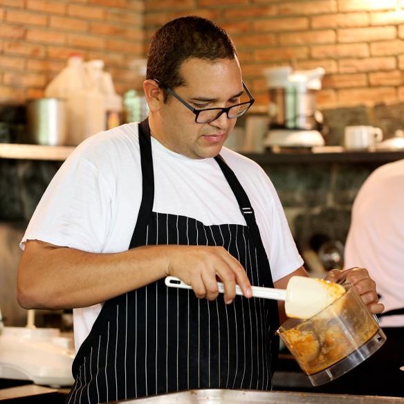 Edgardo  Morales, Casa Veroes, Lovely Gourmet